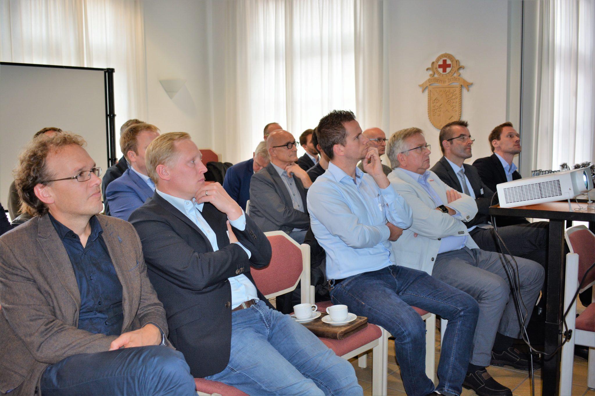 Gemeinden und Kommunen diskutieren über Strategien zur nachhaltigen Wärmeversorgung