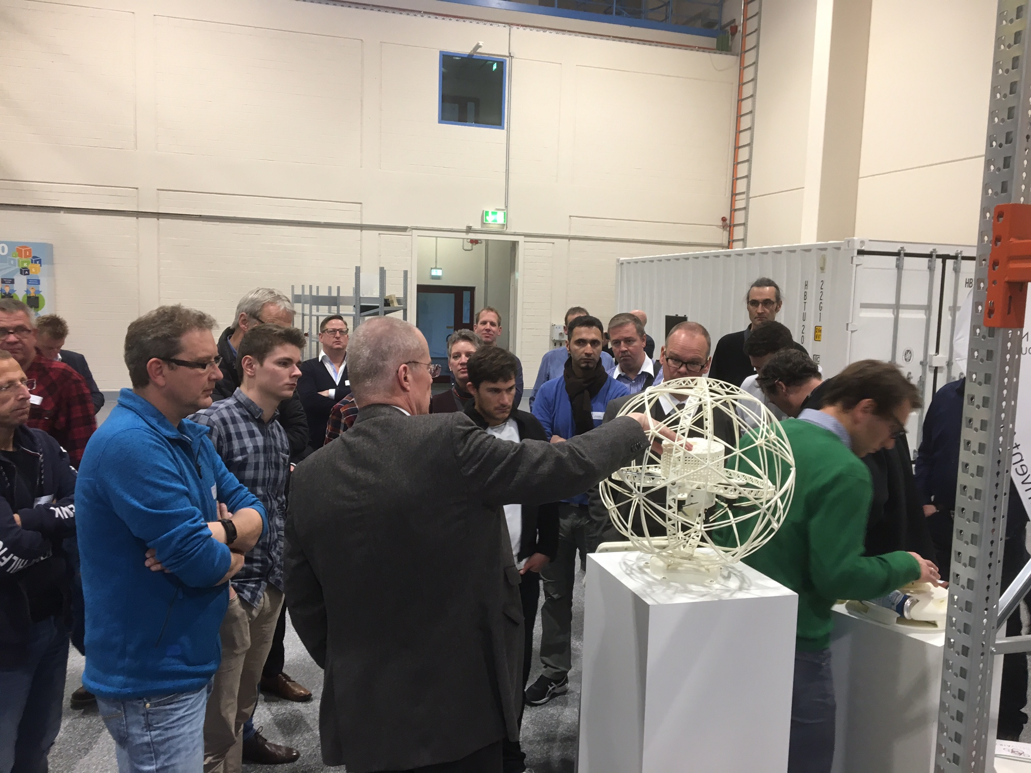 25 Unternehmen aus dem Kreis Coesfeld im Fraunhofer IML in Dortmund
