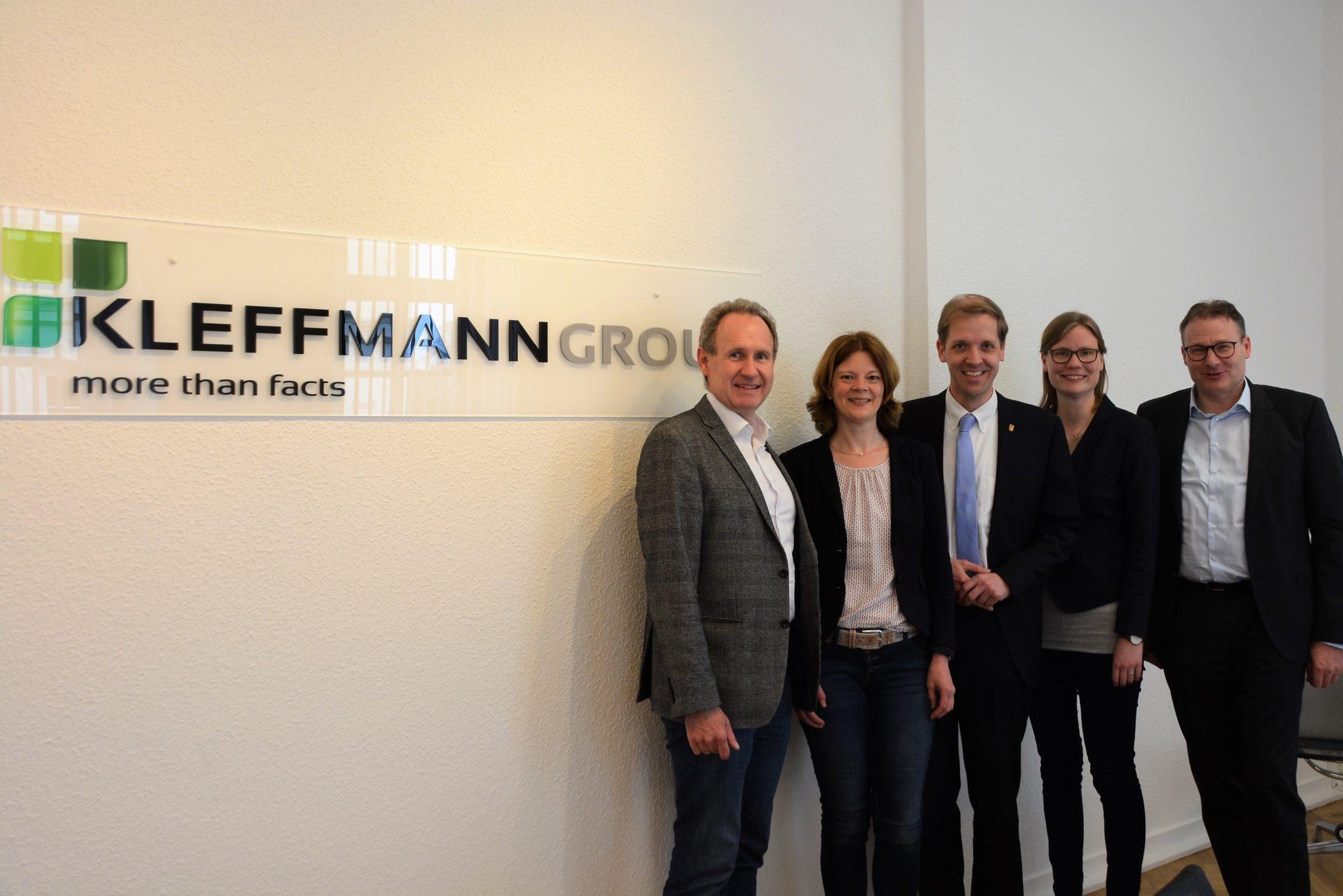 Unternehmensbesuch von Landrat und wfc-Geschäftsführer bei der Kleffmann Group in Lüdinghausen