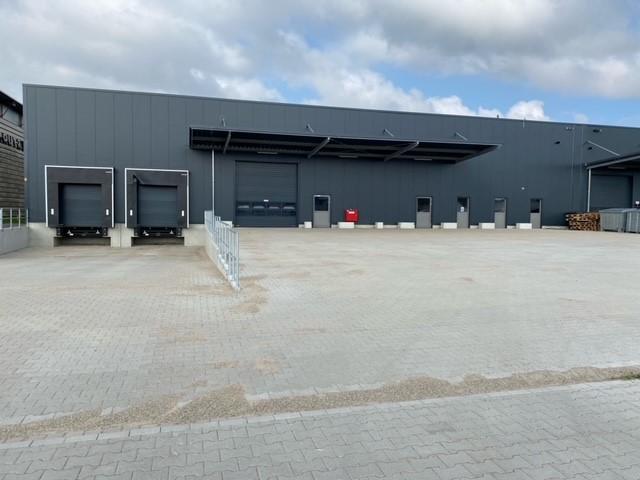 (Nr. 06156) Lagerhalle 1000 m² / Teilvermietung